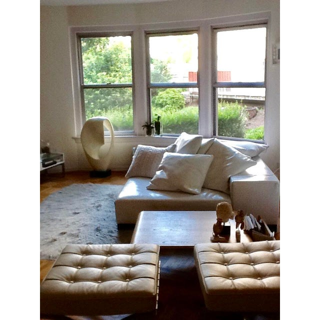 Modern White Leather Minimal Square Sofa - Image 9 of 10