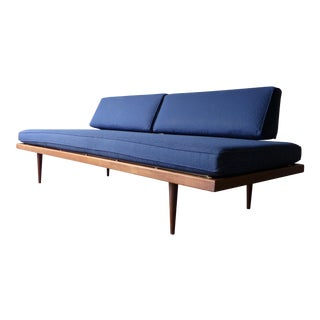 Mid Century Modern Daybed Sofa