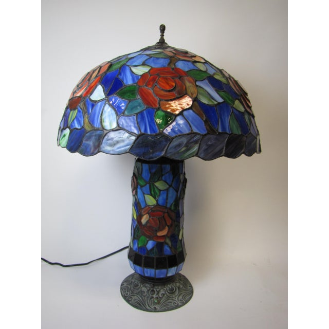 Tiffany Style Stained Glass Table Lamp - Image 3 of 5
