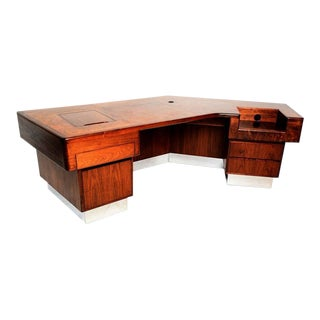 Monteverdi & Young Executive Desk