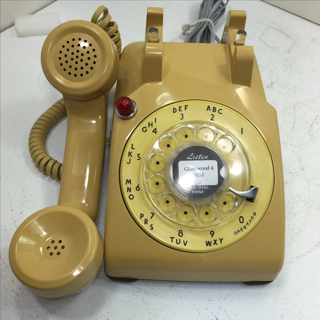 Image of Yellow 500 Rotary Dial Desk Phone With Light