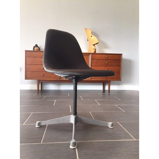 Herman Miller Mid Century Swivel Chair - Image 3 of 5