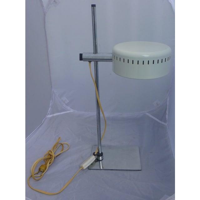 Mid Century Pan Head Lamp, Robert Sonneman - Image 3 of 9