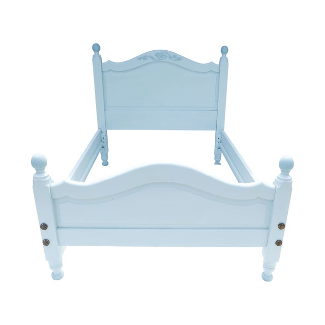 Wide Board Pine Painted Cottage Full Size Bedframe - Image 1 of 8