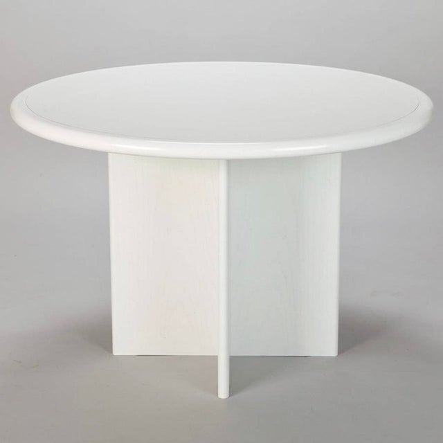 Mid Century White Lacquered Round Table - Image 6 of 8