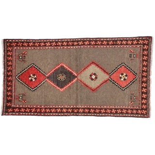 Vintage Persian Shiraz Modern Tribal Rug- 3′4″ × 6′2″