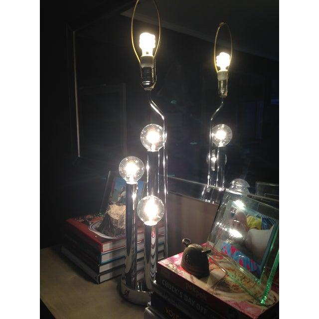 Vintage Mid-Century Modern Chrome Table Lamp - Image 4 of 5