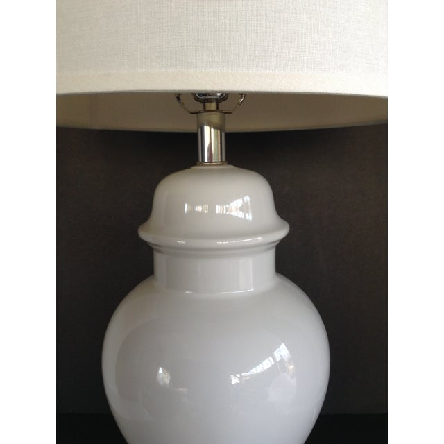 Vintage White Ginger Jar Lamps - A Pair - Image 4 of 5