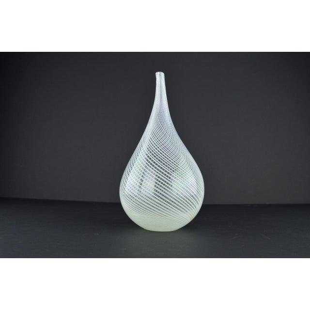 Modern White Spiral Hand Blown Art Glass Vase - Image 8 of 10
