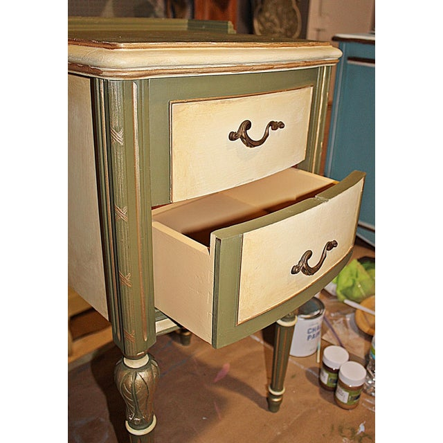 Vintage 1920s Mahogany Painted End Table - Image 9 of 10