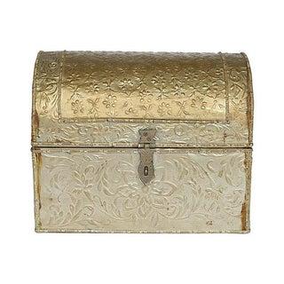 Embossed Tine Covered Box