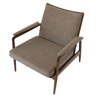 Selig Danish Modern Lounger in Dove