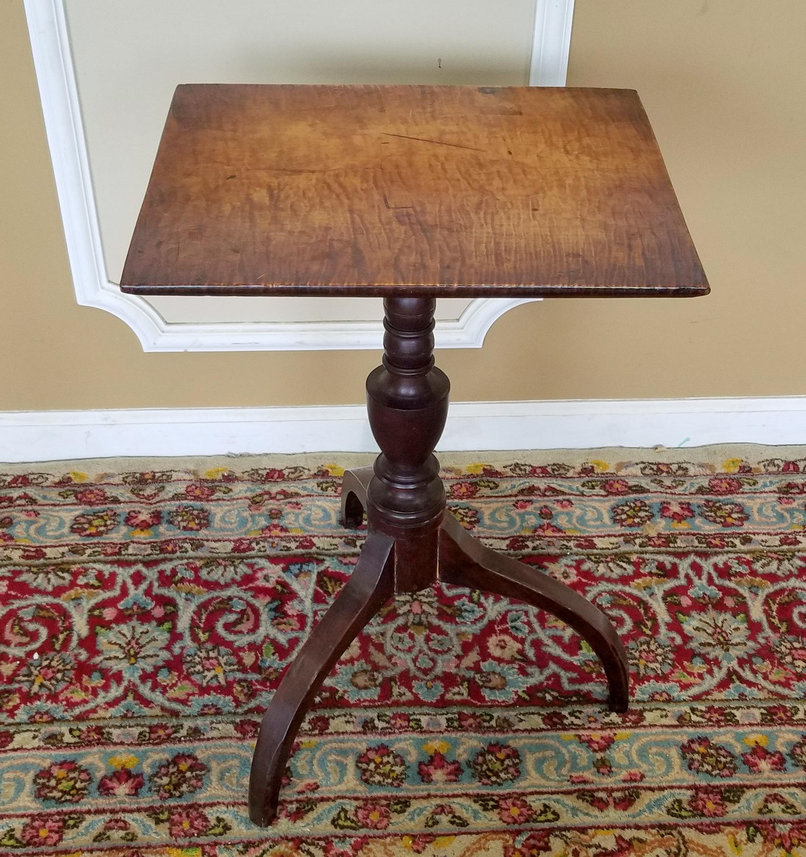 1810 Antique American Federal Tiger Maple Candle Stand Table   Image 2 Of 8