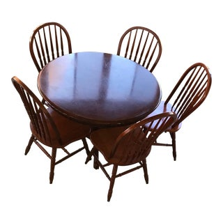 Round Table & Chair Set