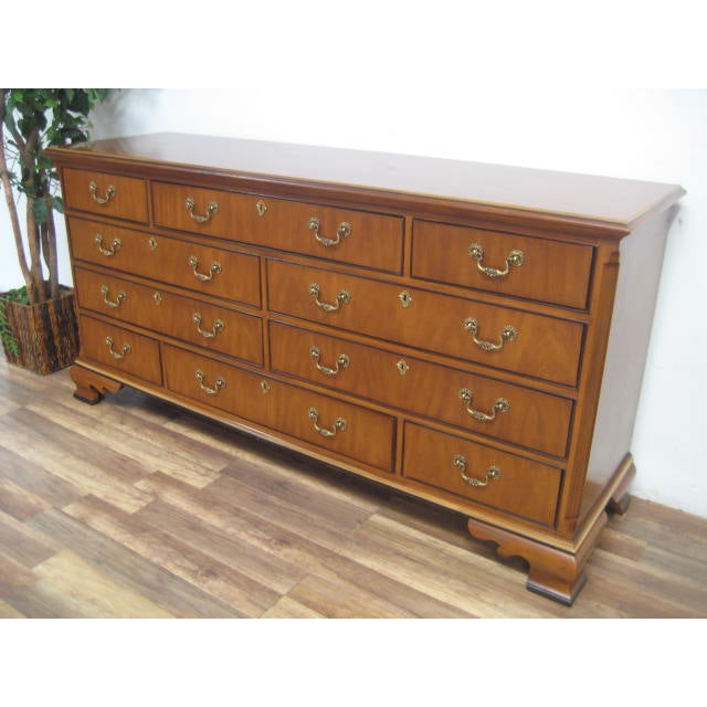 Queen Anne Style 10-Drawer Dresser by Drexel - Image 6 of 11