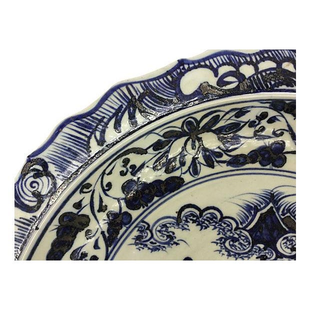 Oversize Blue & White Chinese Warrior Bowl - Image 3 of 5