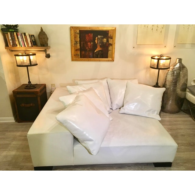 Modern White Leather Minimal Square Sofa - Image 2 of 10