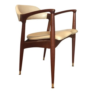 Mid-Century Modern Chair by Jamestown Lounge Co