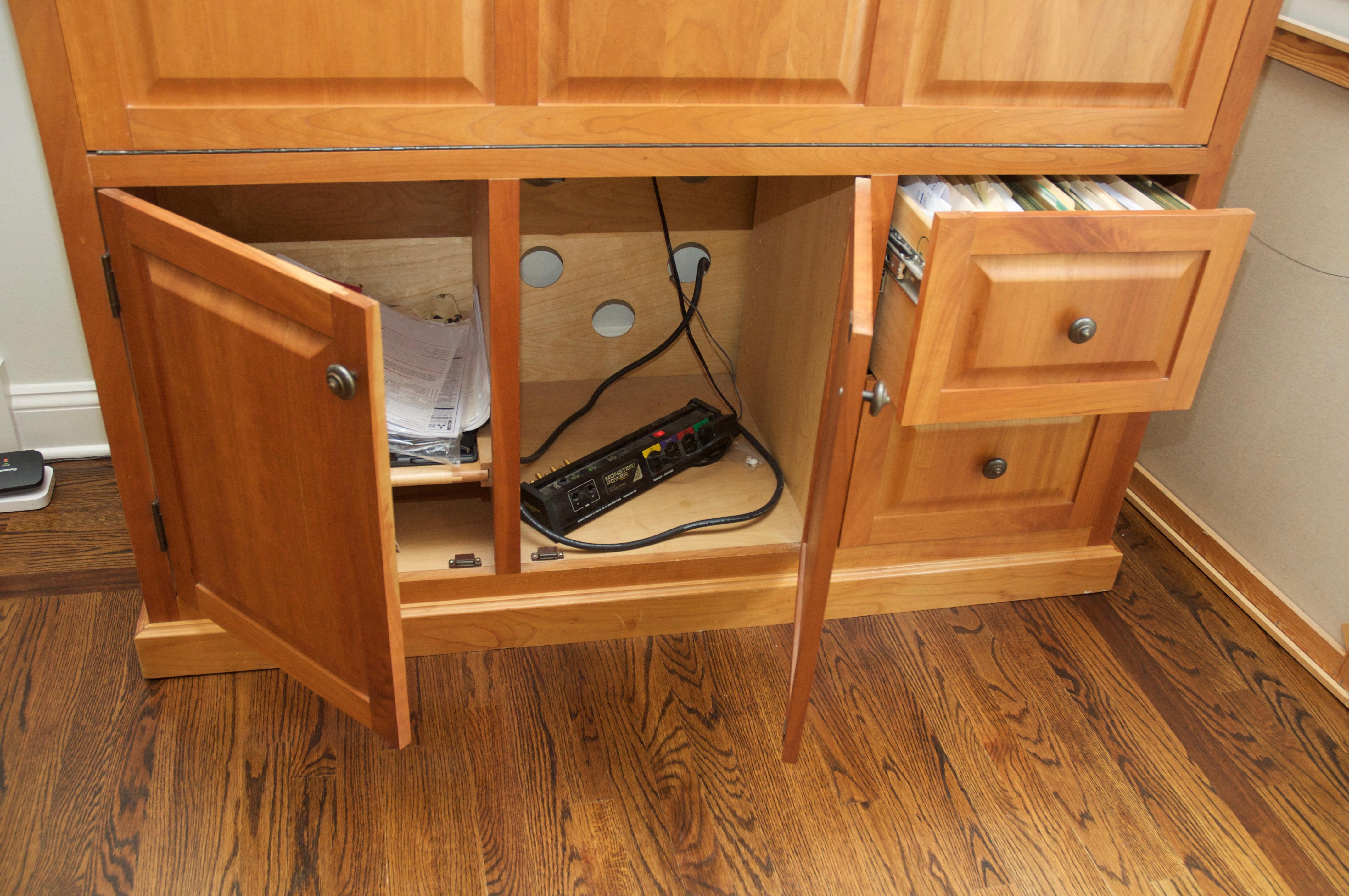Attractive Copeland Furniture Cherry Wood Hideaway Desk   Image 3 Of 10