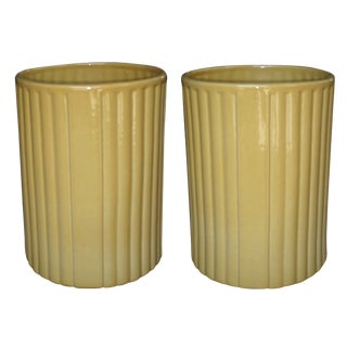 Large-Scaled Pair of American 1940s Ceramic Umbrella Jars by Harold Holman