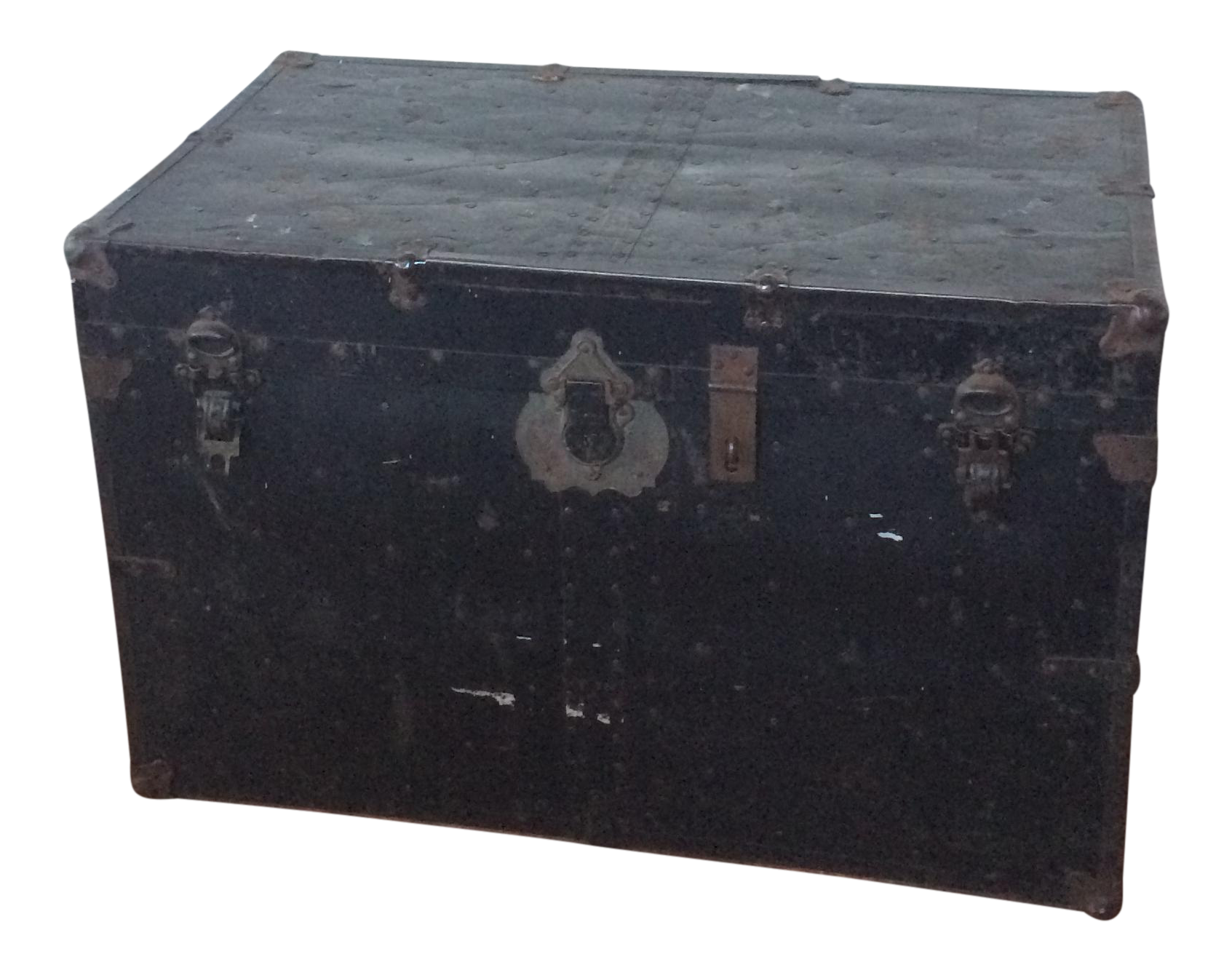 shop 700+ used & vintage trunks at chairish