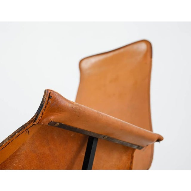 William Katavolos Swiveling Brown Leather Sling Chair, USA, 1950s - Image 8 of 10