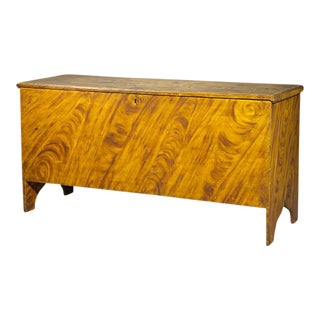 Large-Scaled Six Board Blanket Chest