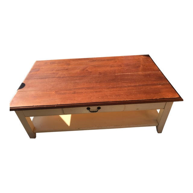 Ethan Allen New Country Coffee Table: Ethan Allen French Country Style Coffee Table