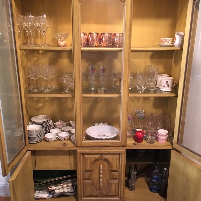 Traditional Style Yellow Stained China Cabinet - Image 6 of 7