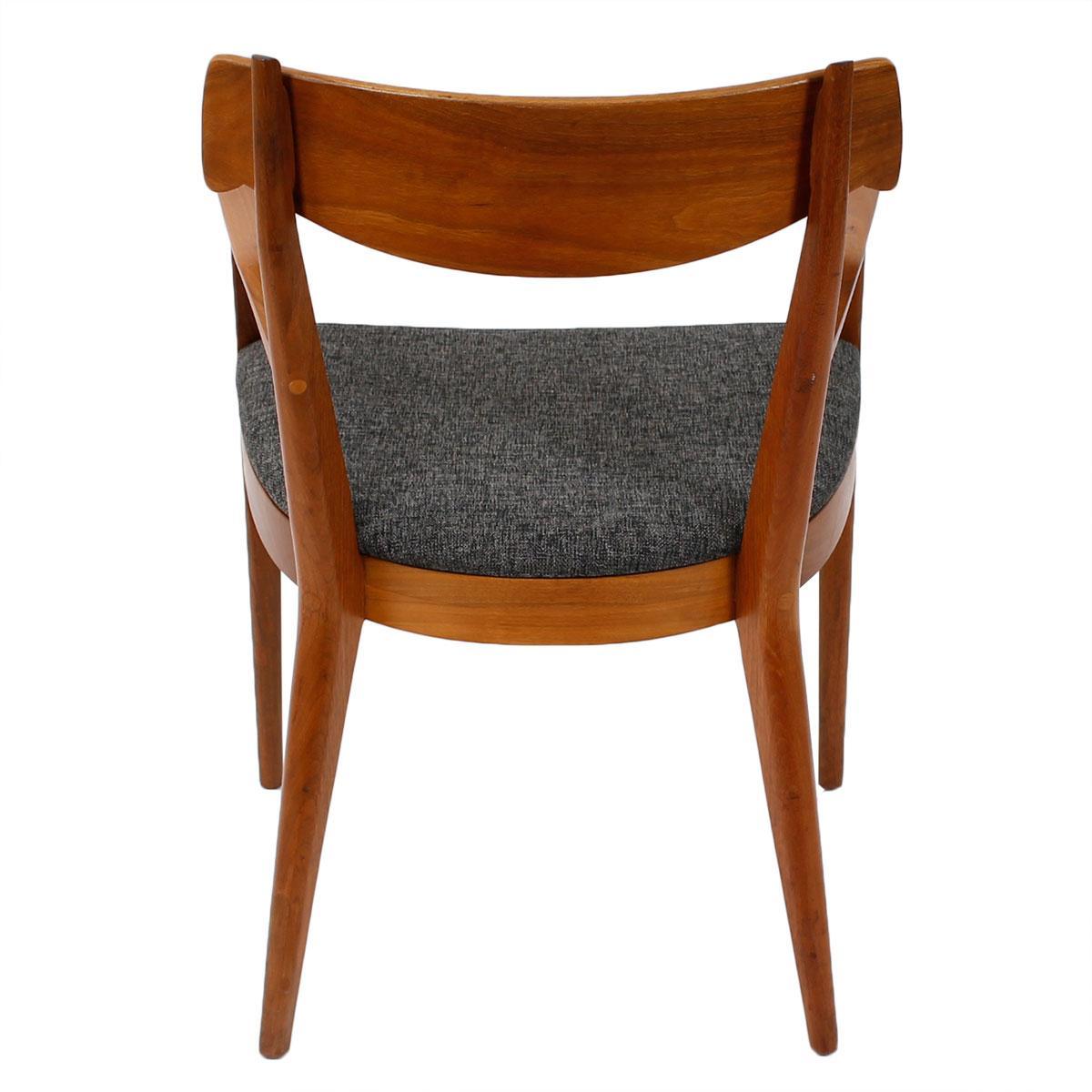 MCM Drexel Walnut Dining Arm Chairs Pair Chairish : 91b303c9 a044 42d0 8cda 666e000353beaspectfitampwidth640ampheight640 from www.chairish.com size 640 x 640 jpeg 37kB