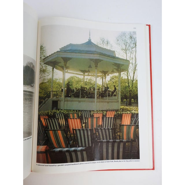 'London: The Great Cities' Book - Image 9 of 11