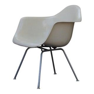 Eames Dax Fiberglass Armchair