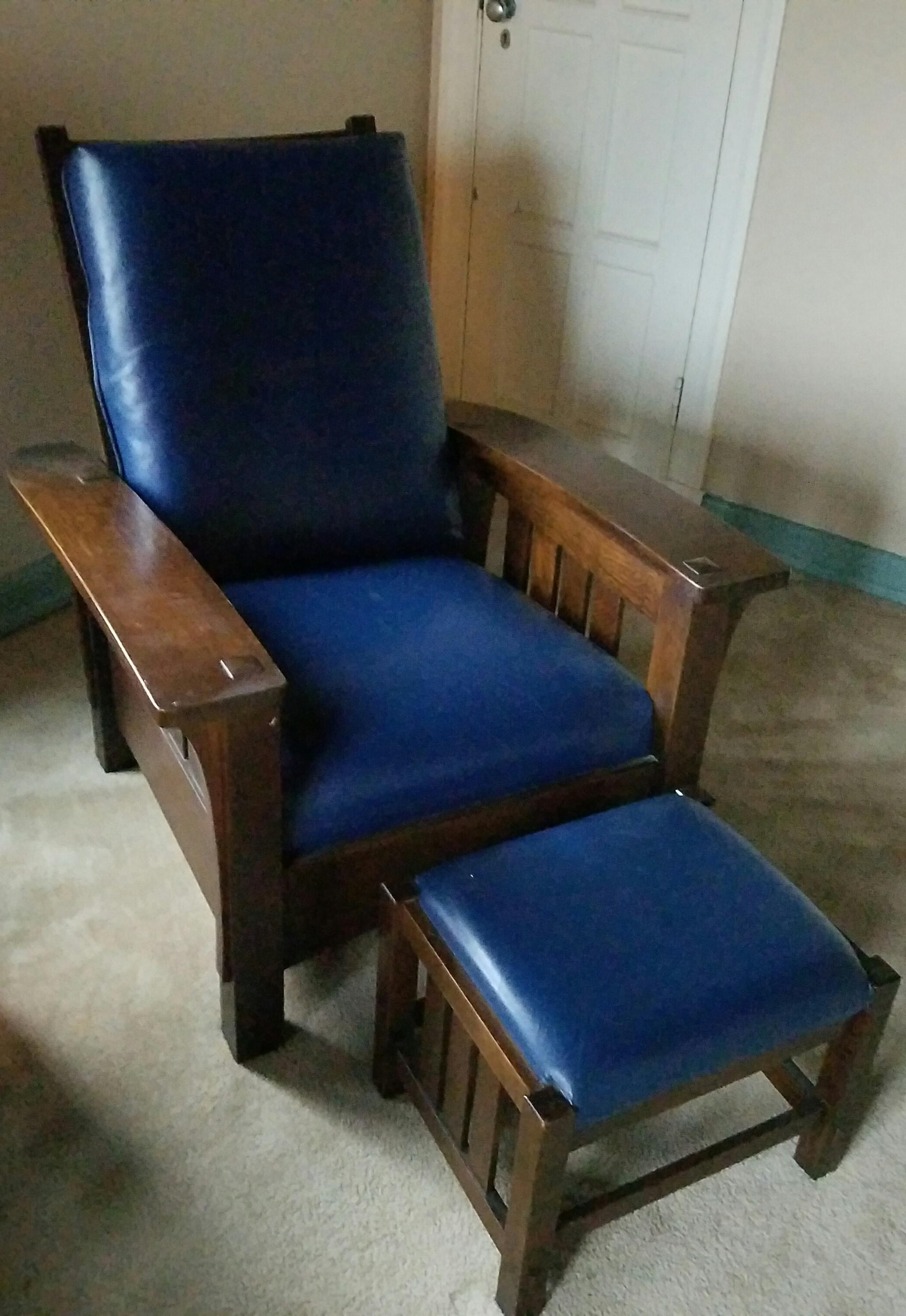 Stickley Bow Morris Recliner Chair \u0026 Ottoman Navy Leather A-1 - Image 2 of  sc 1 st  Chairish & Stickley Bow Morris Recliner Chair \u0026 Ottoman Navy Leather A-1 ... islam-shia.org