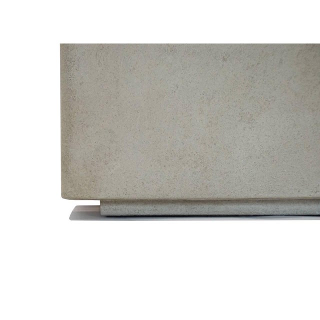 The Scarpa I Cast Concrete Bench or Planter - Image 5 of 6