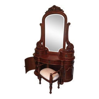 Pulaski Edwardian Vanity Set