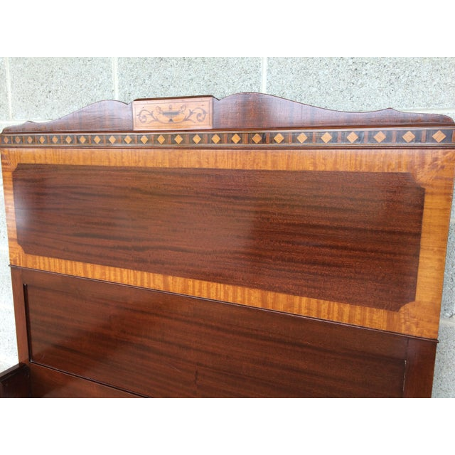 Kindel Quality Adams Style Banded Mahogany Single Bed - Image 5 of 9