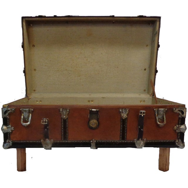Premium Steamer Trunk Coffee Table - Image 3 of 4