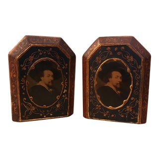 A Pair of Italian Florentine Wood Bookends Gold Gilt William Shakespeare