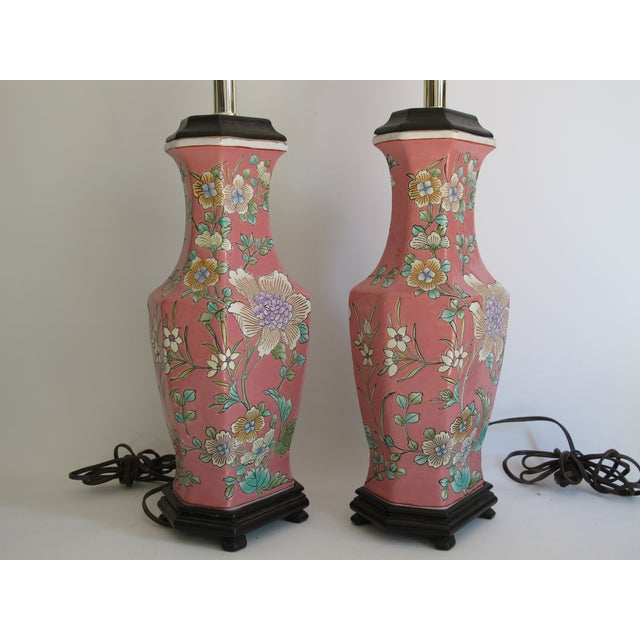 Vintage 1930s Pink Chinoiserie Lamps - A Pair - Image 7 of 10