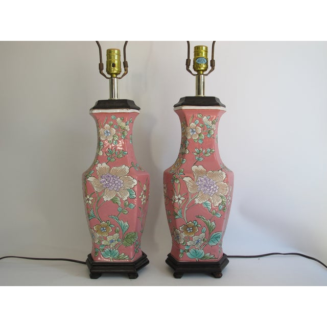 Vintage 1930s Pink Chinoiserie Lamps - A Pair - Image 6 of 10