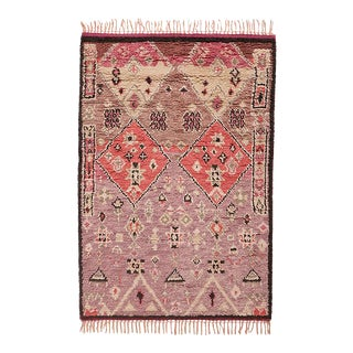 Hand Knotted Wool Area Rug - 8' x 10'