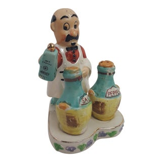 Waiter Salt & Pepper Shaker - 3 Pieces