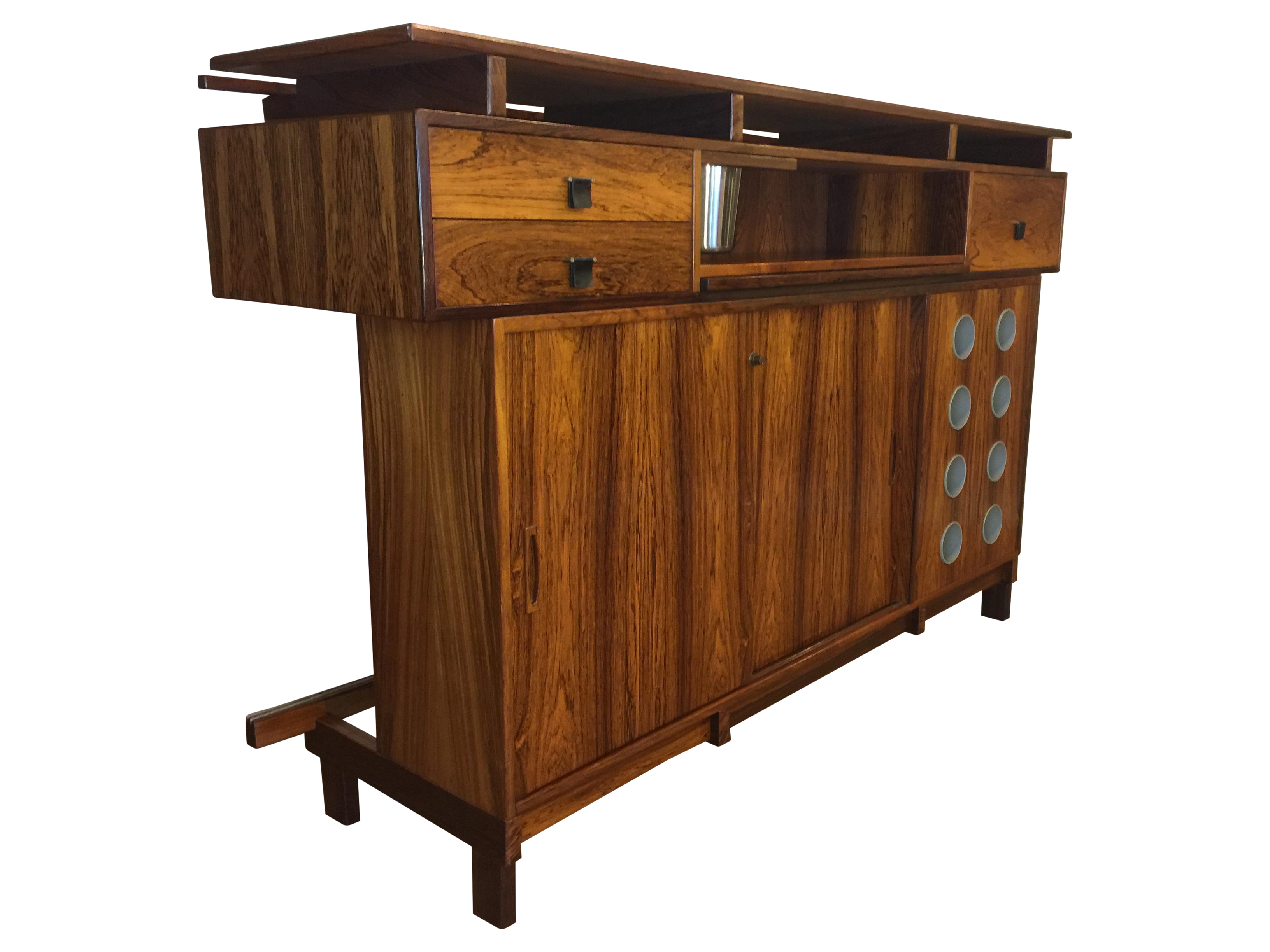 Vintage Amp Used Brown Bar Carts And Dry Bars Chairish