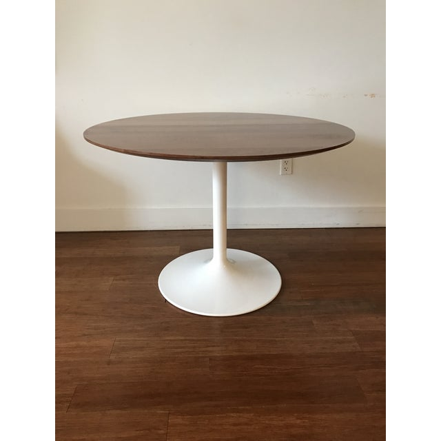 Room board aria table chairish for Room and board saarinen table