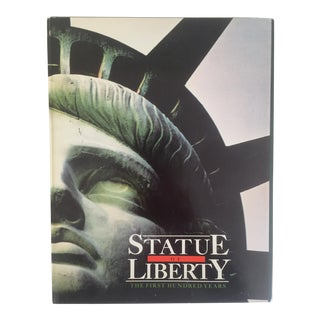 """ Statue of Liberty the 1st 100 Years "" Vintage 1985 Architecture Heritage Large Collector Book"