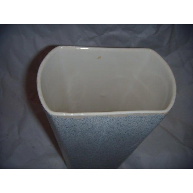 Mid-Century Shaunee USA Pottery Vase - Image 5 of 6