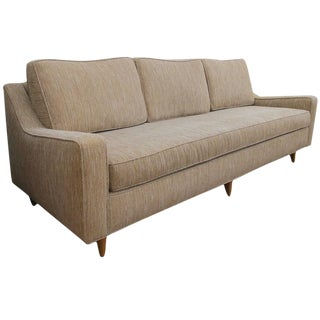 Stylish and Good Quality American Mid-Century Heywood-Wakefield Triple-Seat Sofa