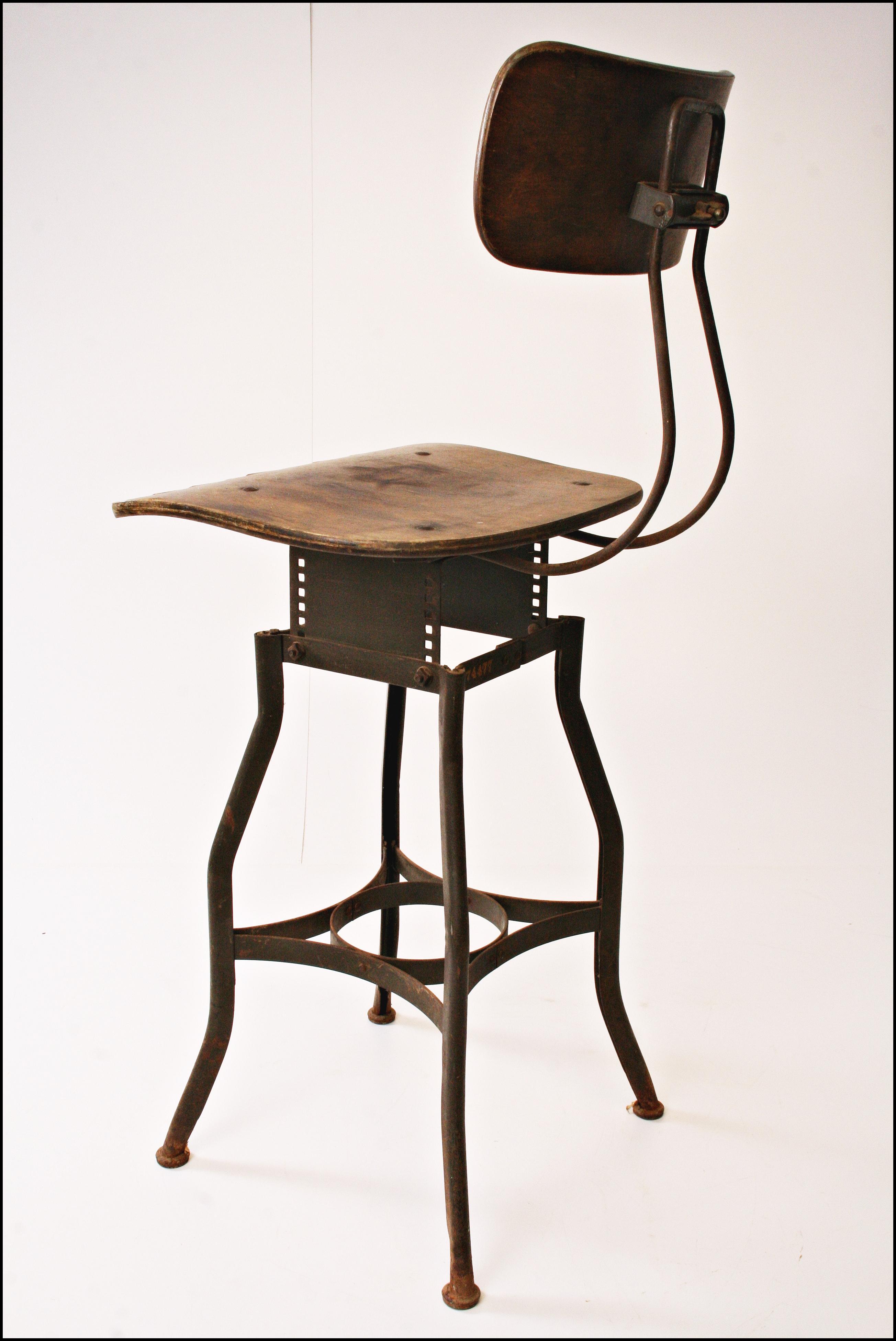 Vintage Toledo Industrial Drafting Stool Chairish : 93f3b447 c947 4979 866e bcfb5005eb2baspectfitampwidth640ampheight640 from www.chairish.com size 640 x 640 jpeg 27kB