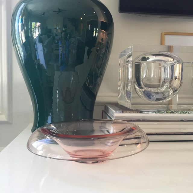 Vintage Modern Pink Glass Serving Bowl - Image 9 of 9