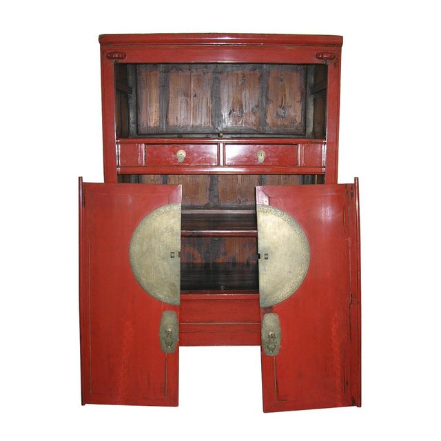 Chinese Qing Dynasty Large Red Lacquer Wedding Cabinet Armoire - Image 3 of  10 - Chinese Qing Dynasty Large Red Lacquer Wedding Cabinet Armoire